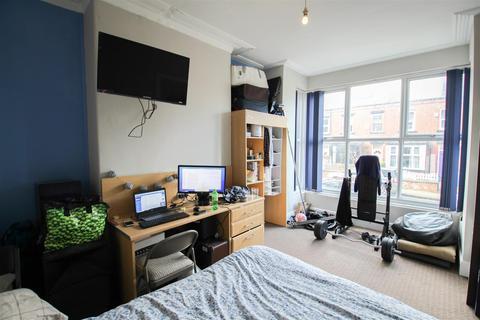 5 bedroom terraced house to rent - Stanmore Street, Burley, Leeds, LS4 2RS
