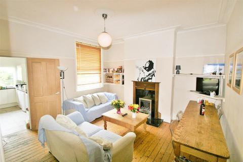 5 bedroom semi-detached house to rent - Stanmore Road, Burley, Leeds, LS4 2RU