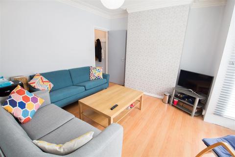 5 bedroom terraced house to rent - Trelawn Avenue, Headingley, Leeds, LS6 3JN