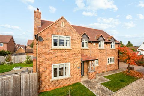 5 bedroom detached house for sale - Off Sellars Road, Hardwicke, Gloucester