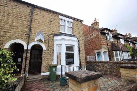 6 bedroom house to rent - KINGSTON ROAD (JERICHO)