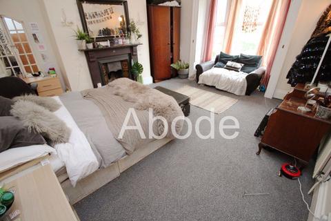 8 bedroom house to rent - Hyde Park Road, Leeds, West Yorkshire