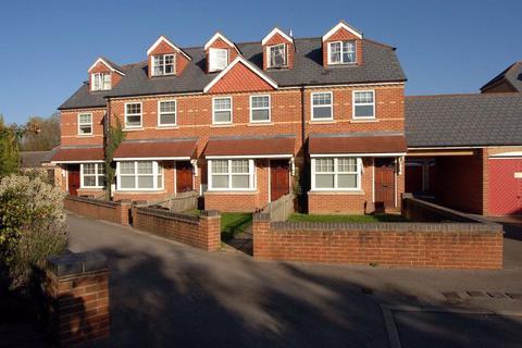 4 bedroom house to rent - HODGES COURT (GRANDPONT)