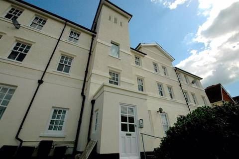 2 bedroom flat to rent - Crescent House, Cliftonville, CT9 2NP