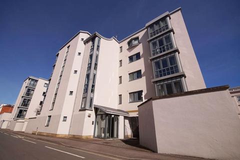 2 bedroom flat to rent - Imperial Lane GL50 1PR