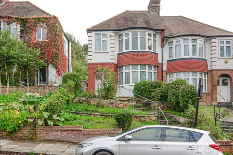 3 bedroom semi-detached house for sale - Wroxham Gardens, London, N11