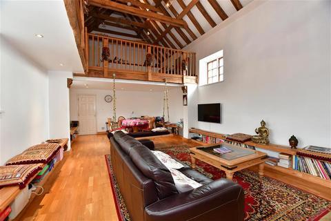 2 bedroom detached house for sale - Oaks Lane, Newbury Park, Essex