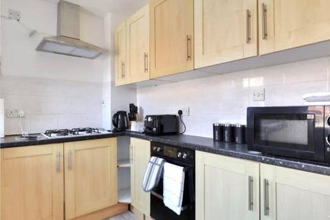 4 bedroom semi-detached house to rent - Oxford Road, Cowley, Oxford, OX4