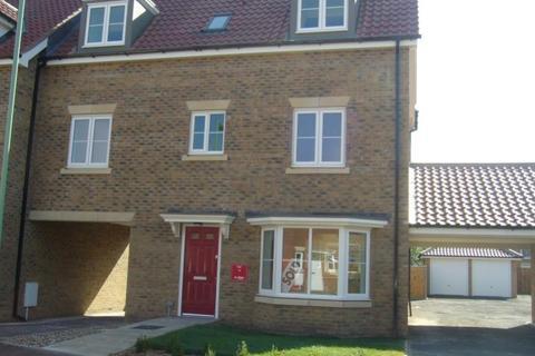 4 bedroom link detached house to rent - Evergreen Way, Mildenhall, IP28