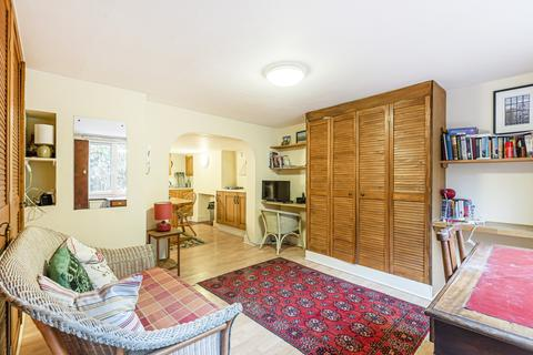 Studio for sale - Orlop Street London SE10
