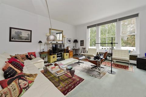 4 bedroom flat for sale - Ladbroke Gardens, London, W11