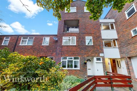 2 bedroom apartment for sale - Farrier Road, Northolt, UB5