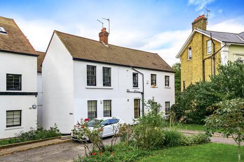 1 bedroom flat to rent - The Glebe London SE3