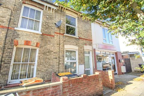 2 bedroom terraced house for sale - Garfield Street, Bedford