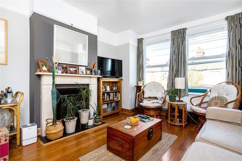 2 bedroom bungalow to rent - Fernthorpe Road, London, SW16
