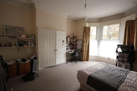 9 bedroom house to rent - Hyde Park Road, Hyde Park, LEEDS