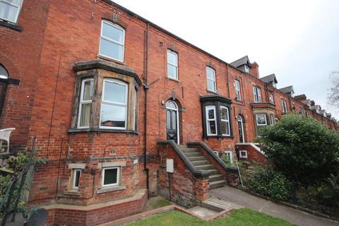 8 bedroom house to rent - Regent Park Terrace, Hyde Park, LEEDS
