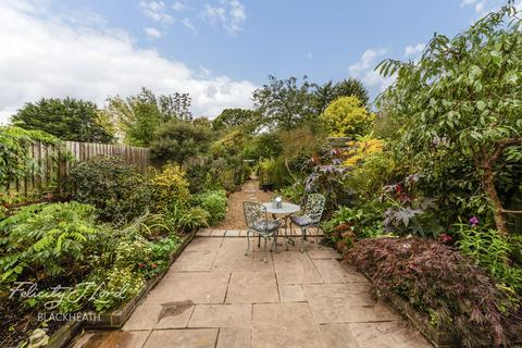 3 bedroom semi-detached house for sale - Warland Road, London