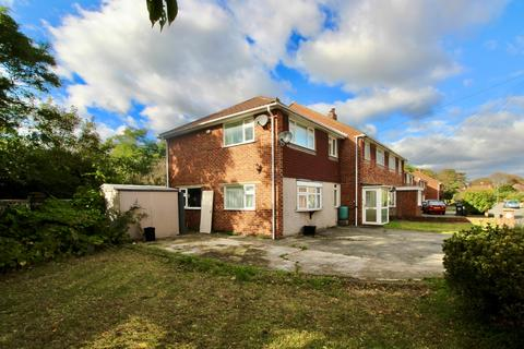 6 bedroom semi-detached house to rent - Gothic Close Dartford DA1