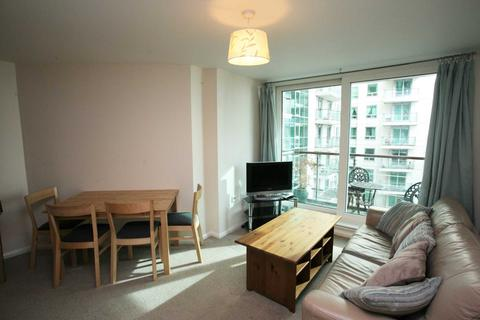 1 bedroom apartment to rent - Hanover House, 7 St George Wharf, Vauxhall, SW8 2JA