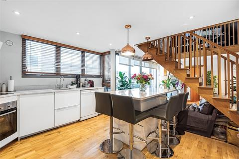 3 bedroom flat for sale - Tanner Street, London, SE1