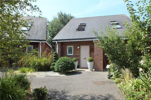 2 bedroom semi-detached house to rent - Framlington Court, Libertus Road, Cheltenham, GL51