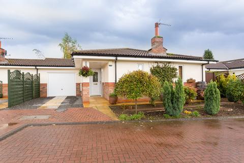 3 bedroom detached bungalow for sale - Apple Tree Garth, Leven
