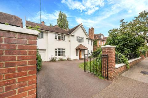 5 bedroom detached house to rent - Roedean Crescent, London