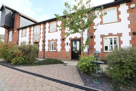 4 bedroom barn conversion to rent - Cuthberts Maltings, Diss