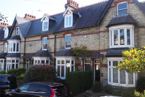 4 bedroom terraced house to rent - Humberstone Road, Cambridge
