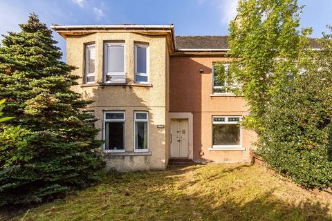 3 bedroom flat for sale - Polnoon Avenue, Knightswood, Glasgow, G13