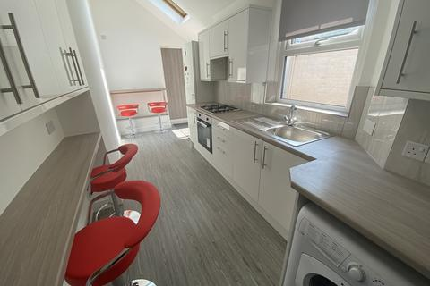 5 bedroom house to rent - Oxford Road, Clarendon Park,