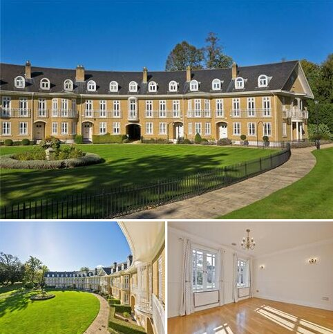 5 bedroom terraced house for sale - Lakeside Grange, Weybridge, Surrey, KT13
