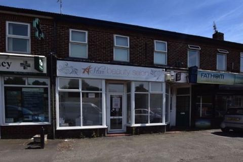 2 bedroom apartment to rent - Manchester Road, West Timperley, Timperley, Altrincham, WA14