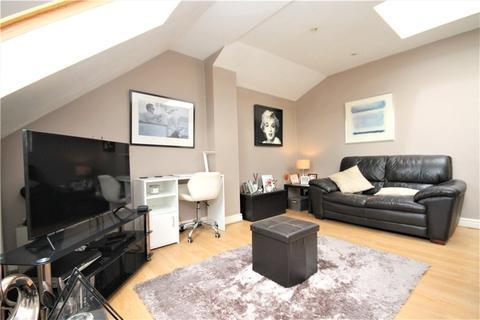 2 bedroom apartment for sale - Northwood Road, Thornton Heath, CR7