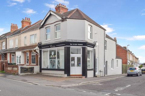 3 bedroom terraced house for sale - Spa Road, Weymouth