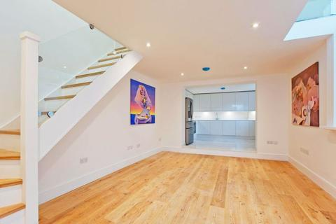 3 bedroom house for sale - Heath Passage, Hampstead, NW3
