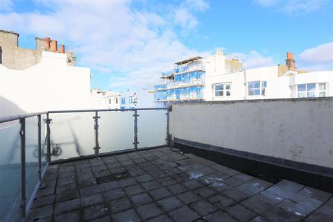 2 bedroom maisonette to rent - Montpelier Road, Brighton