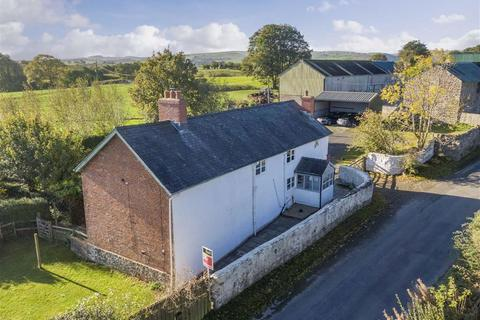 5 bedroom detached house for sale - Cefn Coch, Welshpool, SY21