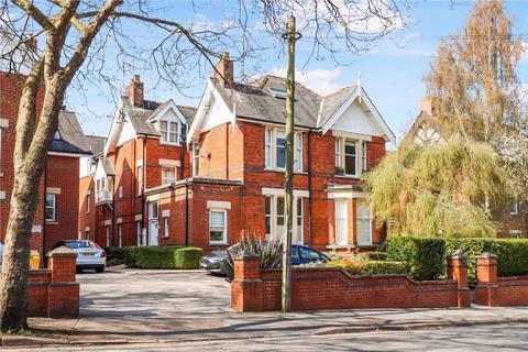 2 bedroom flat to rent - Lansdown GL50 2PT