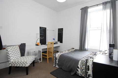 3 bedroom apartment to rent - Hill Park Crescent, Flat 1, Plymouth