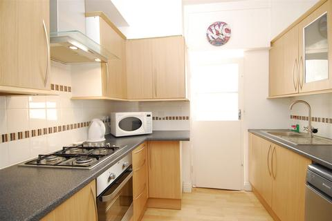 4 bedroom house to rent - Eton Place, Plymouth