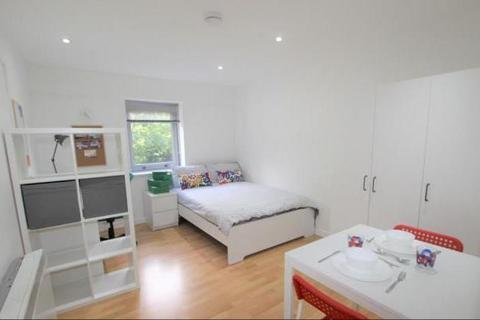 Property to rent - Central Park Avenue, Plymouth