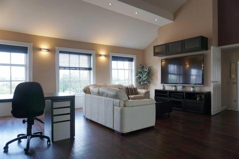 2 bedroom apartment for sale - The Crescent, Salford