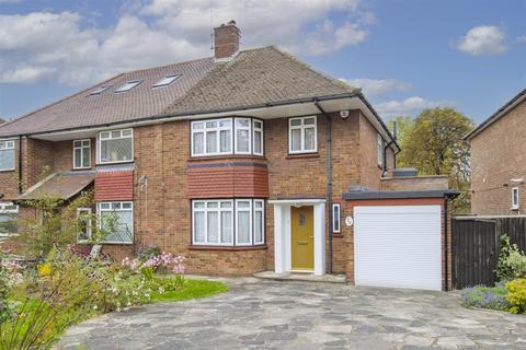 3 bedroom semi-detached house to rent - South Lodge Drive, Oakwood N14 4XR