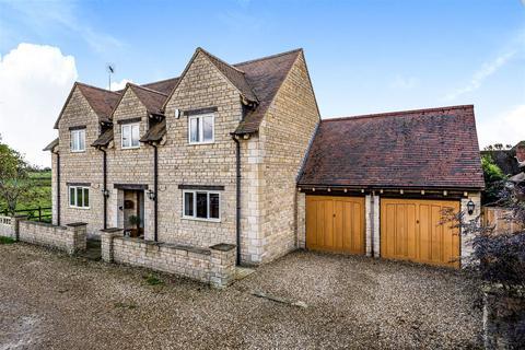 4 bedroom detached house for sale - Bretts Lane, Roade