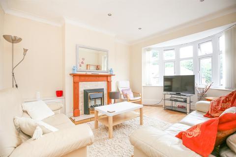 3 bedroom flat to rent - (£71pppw) Shaftesbury Grove, Heaton, Newcastle Upon Tyne