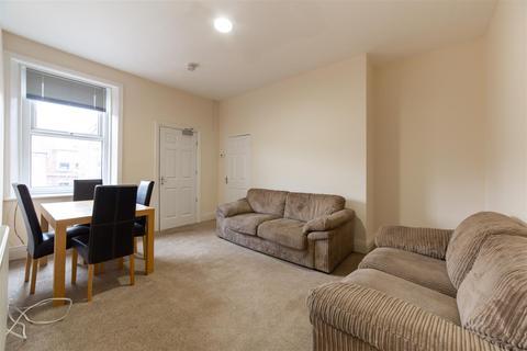 2 bedroom flat to rent - Simonside Terrace, Newcastle Upon Tyne