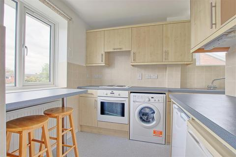 2 bedroom flat to rent - Chatsworth Avenue, Cambridge