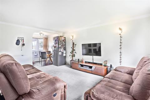 2 bedroom maisonette for sale - Basinghall Gardens, Sutton